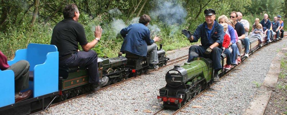 Passing_Trains.jpg
